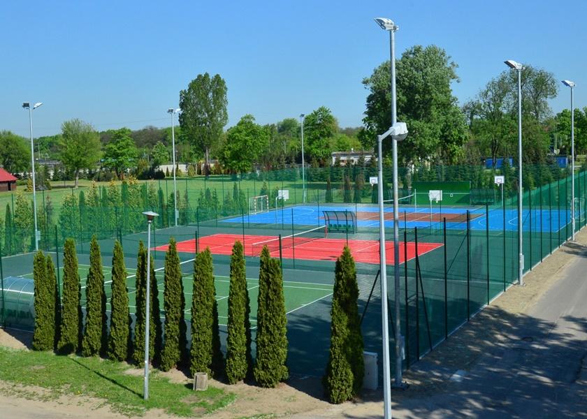 tennis_courts_11_840_600